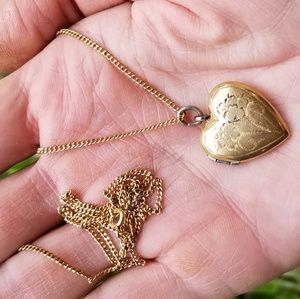 Antique Victorian era 12k gold heart locket